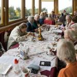 ... verbringen die Senioren einen gemütlichen Nachmittag beim Langhans ehe man wieder ins Tal zurückkehrt (© Herr Mag. Bernhard Wagner).