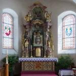 ... befindet sich ein dem Antlitz am Turiner Grabtuch nachempfundenes Bildnis des Antlitzes Jesu (© Herr Mag. Bernhard Wagner).