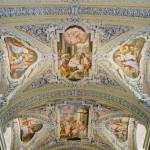 ... im Deckenbereich der Kirche (im Zentrum die Geburt Jesu) (© Herr Mag. Bernhard Wagner).