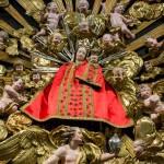 ... der Madonna vom Frauenberg, wegen des Pfingstfestes hier in rotem Gewand (© Herr Mag. Bernhard Wagner).