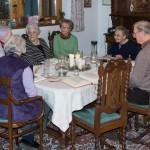 Das letzte Treffen vor Weihnachten findet bei  Gastgeberin Frau Marcelle Hillgarter statt, ... (© Herr Mag. Bernhard Wagner)