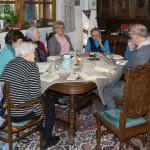 Im Marienmonat Mai fand die Bibelrunde bei Frau Hillgarter statt (© Herr Mag. Bernhard Wagner).