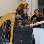 Frau Pöcheim beim Vortrag der Lesung (© Herr Mag. Bernhard Wagner).