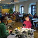 Man ist recht zahlreich erschienen um sich durch diese Zusammenkunft auf das Weihnachtsfest vorzubereiten (© Herr Mag. Bernhard Wagner).