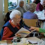 Frau Schifferl, langjähriges Mitglied der Seniorenrunde, ... (© Herr Mag. Bernhard Wagner)