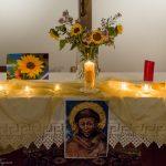 Morgengebet-Herbstliche-Gestaltung-des-Altares_2