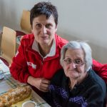 Seniorentreffen-Frau-Elfriede-Koschier-Dame-vom-Roten-Kreuz