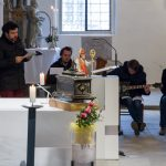 Die Sing- und Spielgruppe im Einsatz (© Herr Mag. Bernhard Wagner).