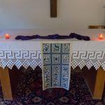Altar der Hauskapelle mit Fastensymbolik ... (© Herr Mag. Bernhard Wagner)
