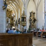 Blick zu Kanzel und Sebastian-Altar (© Herr Mag. Bernhard Wagner).