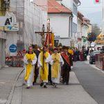 Es folgt der Festzug zur Markuskirche ... (© Herr Mag. Bernhard Wagner)