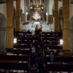 ... und während der Kommunionspendung, hier gesehen vom Chor (© Herr Mag. Bernhard Wagner).