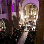 ... vom Chor in das Mittelschiff und zum Volksaltar ... (© Kaplan Mag. Dr. Christoph Kranicki)