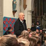 Dechant Mag. Engelbert Hofer spricht zu den Anwesenden (© Kaplan Mag. Dr. Christoph Kranicki).