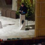 ... spricht zu den Gläubigen vor Beginn der Anbetung (© Herr Mag. Bernhard Wagner).