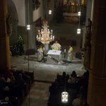 Die Pfäfation, das Eucharistische Hochgebet eröffnend, ... (© Herr Mag. Bernhard Wagner)