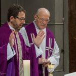 Einleitung des Eucharistischen Hochgebetes ... (© Herr Mag. Bernhard Wagner)