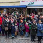 ... führt jedes Jahr viele Menschen zum Hohen Platz und der dortigen Mariensäule (© Herr Mag. Bernhard Wagner).