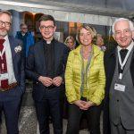 Von links: Michael Triegel, Kaplan Mag. Dr. Christoph Kranicki, Frau Dr. Iris Strasser und Bischofsvikar Pater Antonio Sagardoy OCD (© Herr Gerhard Pulsinger).