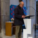 Herr Fritz Richter liest die Worte der 1. Lesung, das sog. 4. Lied vom Gottesknecht nach dem Propheten Jesaja (© Herr Mag. Bernhard Wagner).
