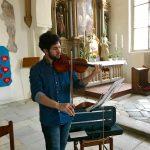 Musikalische Gestaltung der Feier mit der Violine durch Herrn Schaho Moradi.