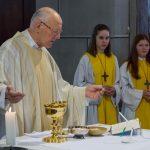 Mit der Präfation wird das Eucharistische Hochgebet eröffnet ... (© Herr Mag. Bernhard Wagner)