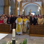 Einzug in die Markuskirche zum Dank- und Festgottesdienst (© Herr Mag. Bernhard Wagner).