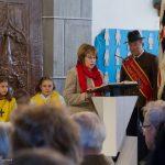 Frau Maria Melcher trägt die 1. Lesung vor ... (© Herr Mag. Bernhard Wagner)