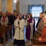 Einzug in die Kirche mit Abt Gerhard Hafner OSB ... (© Herr Mag. Bernhard Wagner)