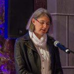 Frau Schranz bei den Fürbitten (© Herr Mag. Bernhard Wagner).