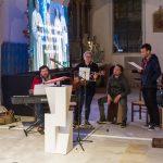 Sing- und Spielgruppe des Jugendzentrums Avalon mit Diakon und Regionaljugendleiter Herrn Jakob Mokoru, BEd (links am E-Piano) (© Herr Mag. Bernhard Wagner).