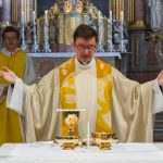 ... zur Präfation am Beginn des Eucharistischen Hochgebetes ... (© Herr Mag. Bernhard Wagner)