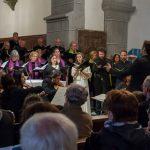 Chor, Soloquartett und Orchester mit dem Dirigenten (© Herr Mag. Bernhard Wagner).