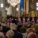 Der Chor ... (© Herr Mag. Bernhard Wagner)