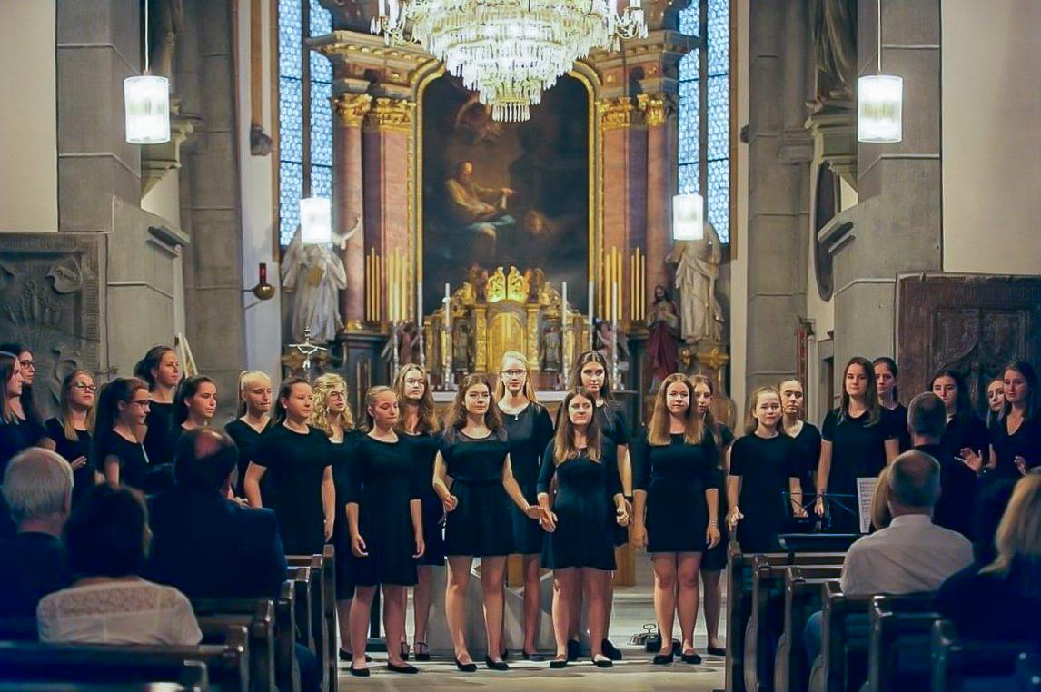 Mädchen des Jugendchores der Kantorei St. Magdalena (© Elisabeta Mirion).