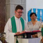 Der Provisor verkündet schließlich das Evangelium, die Frohe Botschaft (© Herr Mag. Bernhard Wagner).