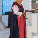 Die Bedeutung der Kräutersträuße wird erläutert ... (© Herr Mag. Bernhard Wagner)